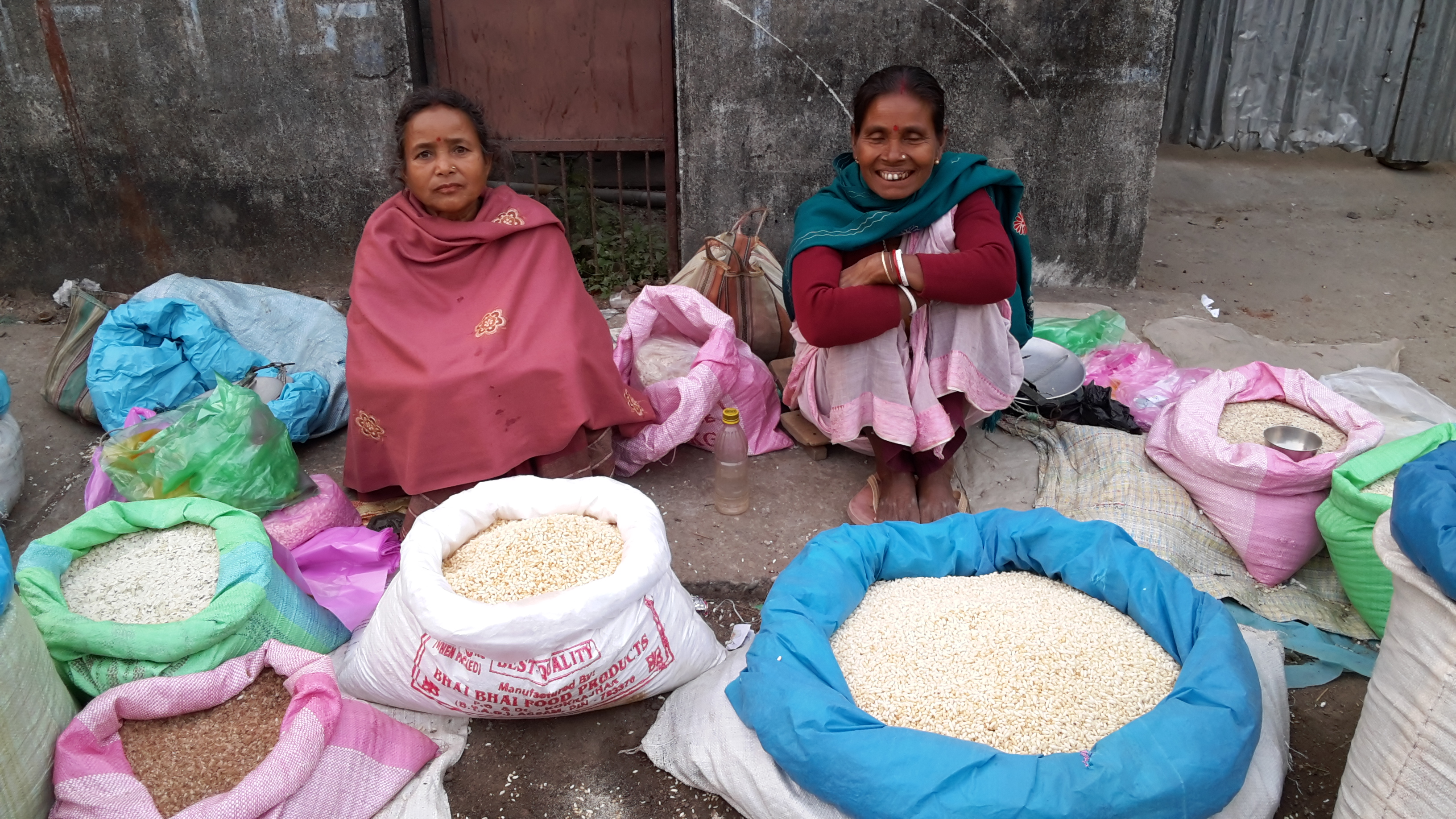 women, local market, food, tradition